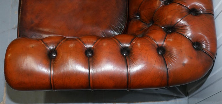 Rare Fully Restored Vintage Cigar Brown Leather Chesterfield Club 3-Seat Sofa For Sale 4