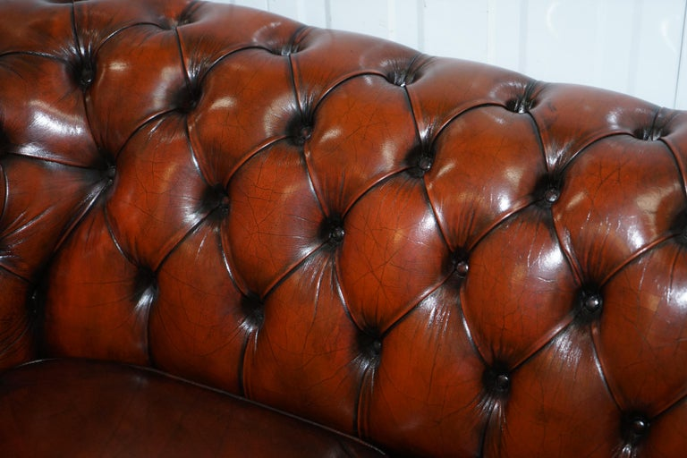 Rare Fully Restored Vintage Cigar Brown Leather Chesterfield Club 3-Seat Sofa For Sale 2