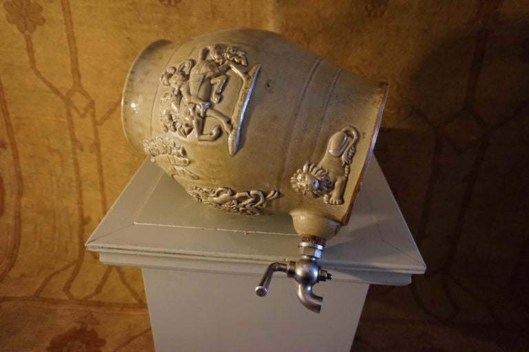 Rare Georgian Ceramic Gin Barrel Tap Flask with Royal Coat of Arms Knights Lions For Sale 8