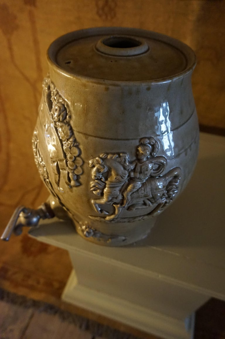 Rare Georgian Ceramic Gin Barrel Tap Flask with Royal Coat of Arms Knights Lions For Sale 3