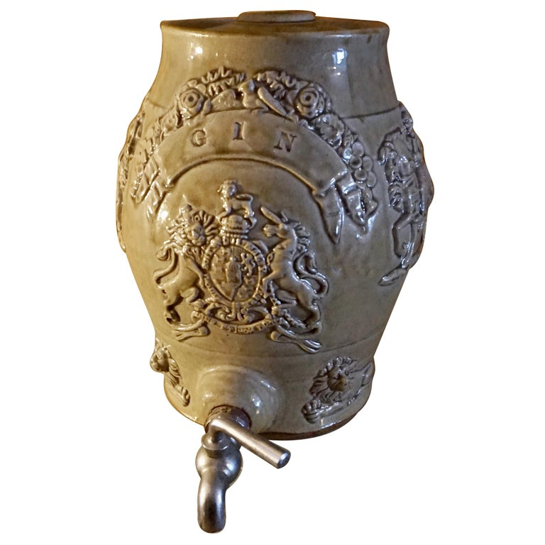 Rare Georgian Ceramic Gin Barrel Tap Flask with Royal Coat of Arms Knights Lions For Sale