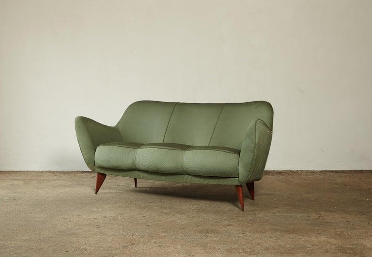 Mid-Century Modern Rare Giulia Veronesi Perla Sofa, Green Fabric, ISA Bergamo, Italy, 1950s For Sale