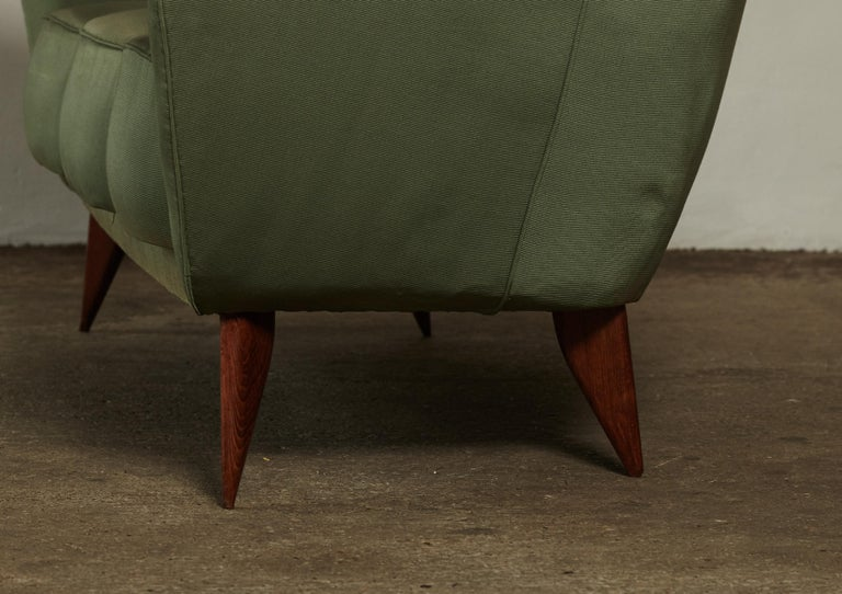Rare Giulia Veronesi Perla Sofa, Green Fabric, ISA Bergamo, Italy, 1950s For Sale 3