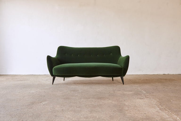 A rare 3 person Giulia Veronesi Perla sofa ISA Bergamo, Italy 1950s. Newly upholstered in dark green velvet.   Fast shipping worldwide.     UK customers please note:    displayed prices do not include VAT.