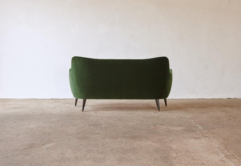 Fabric Rare Giulia Veronesi Perla Sofa, ISA Bergamo, Newly Re-Upholstered, Italy, 1950s For Sale