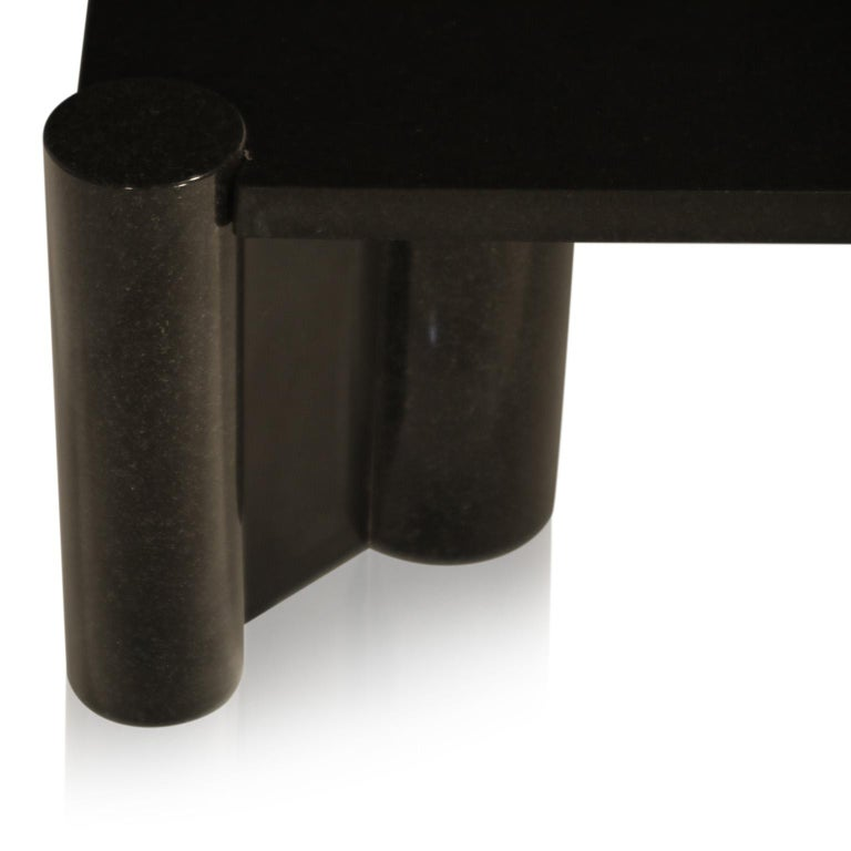 Rare Granite 'Jumbo' Cocktail Table by Gae Aulenti for Knoll International, 1980 For Sale 4