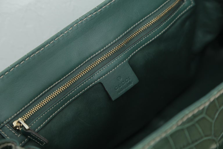 Rare Gucci Limited Edition Green Crocodile Skin Leather Weekend/Travel Bag For Sale 2