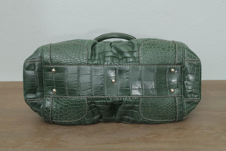 Rare Gucci Limited Edition Green Crocodile Skin Leather Weekend/Travel Bag For Sale 4