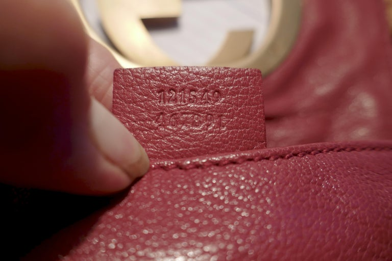 Women's Rare Gucci Soho Pink Leather Messenger Shoulder Bag Purse   For Sale
