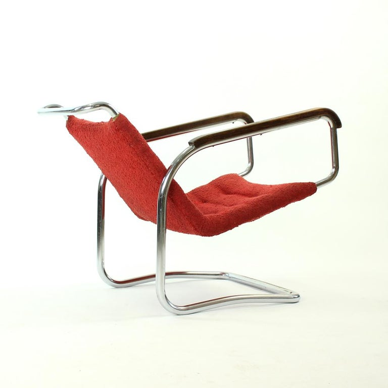 Rare H-91 Bended Chrome Pipe Armchair by Halabala, circa 1930 For Sale 3