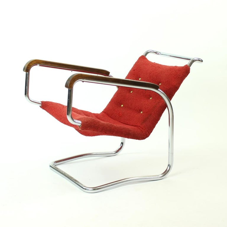 Czech Rare H-91 Bended Chrome Pipe Armchair by Halabala, circa 1930 For Sale
