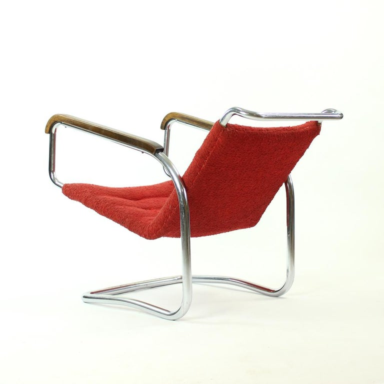 Rare H-91 Bended Chrome Pipe Armchair by Halabala, circa 1930 In Fair Condition For Sale In Zohor, SK