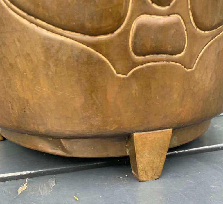 Rare Hand-Hammered Brass & Bronze Arts & Crafts Jardiniere or Wine Cooler by WMF In Good Condition For Sale In Lisse, NL