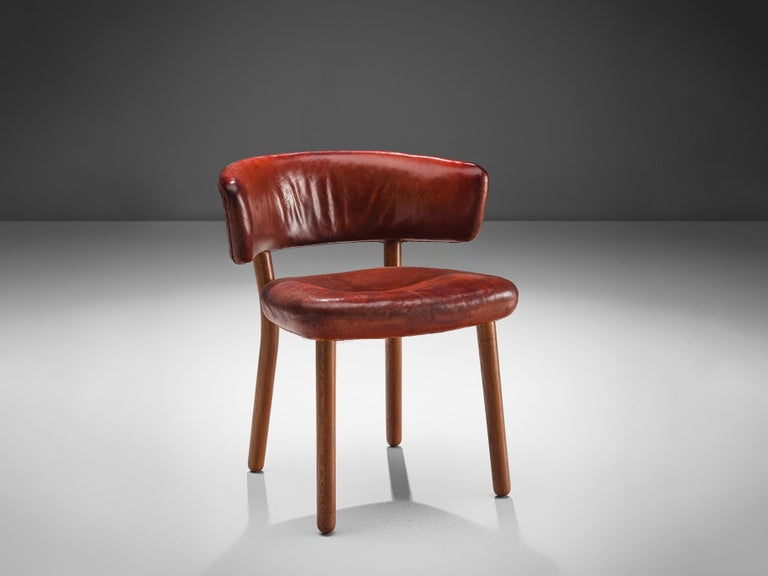 Hans-Christian Hansen and Viggo Jørgensen for Johannes Hansen, side chair, red buffalo leather, ash, Denmark, 1936  This chair, already designed in 1936, is a very early example of Scandinavian Modern design with clear simplified lines and high