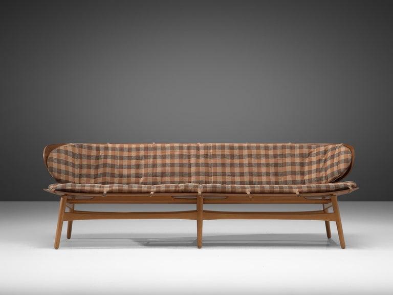 Rare Hans J. Wegner Bench FH 1935/4 in Walnut For Sale 4