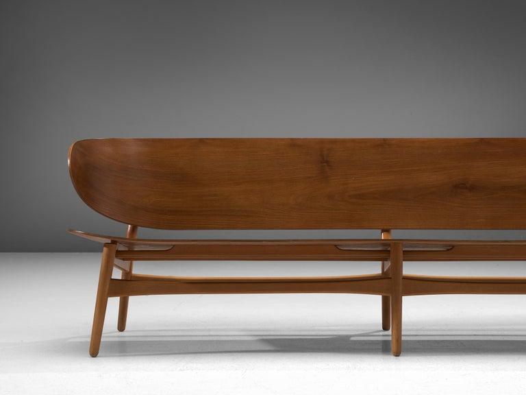 Rare Hans J. Wegner Bench FH 1935/4 in Walnut For Sale 1