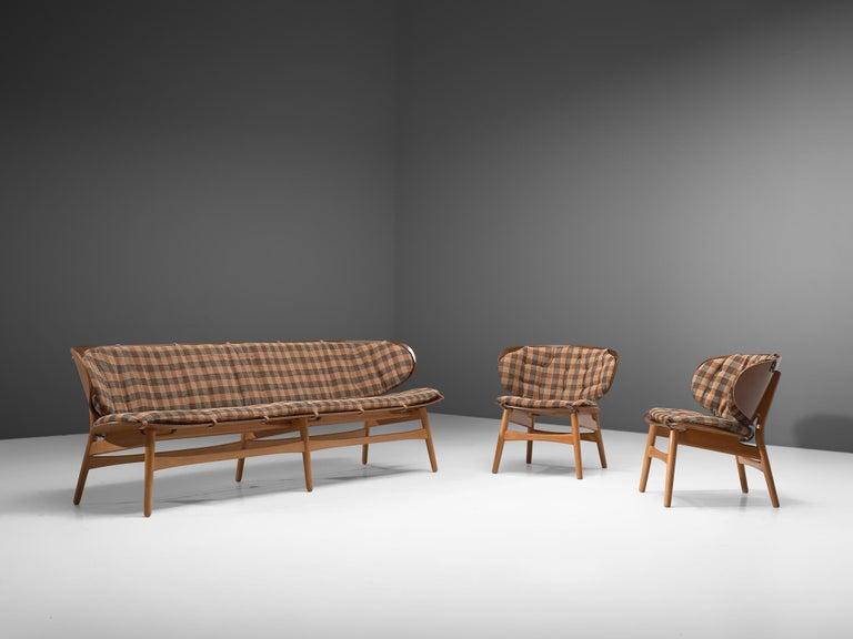Rare Hans J. Wegner Lounge Set with Rare Four-Seat Bench For Sale 4