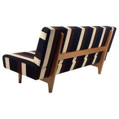 Seltener Hans Wegner Sofa mit Original-Stoffbezug