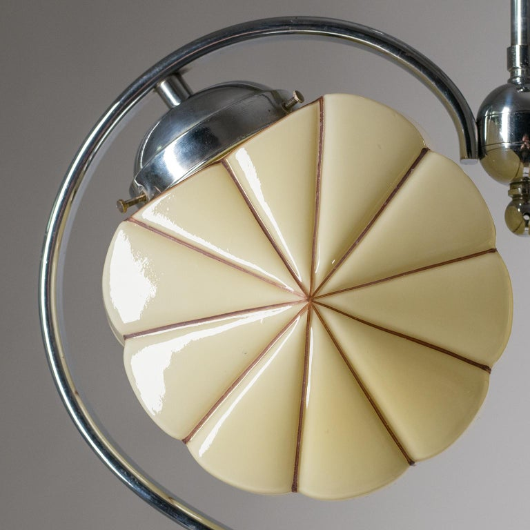 Rare Heart Shaped Art Deco Chandelier, 1930s In Good Condition For Sale In Vienna, AT