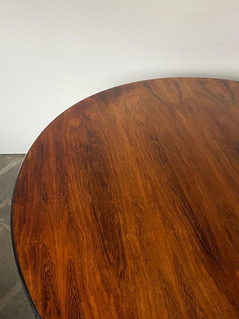 Rare Herman Miller Eames Round Dining Table in Rosewood For Sale 6