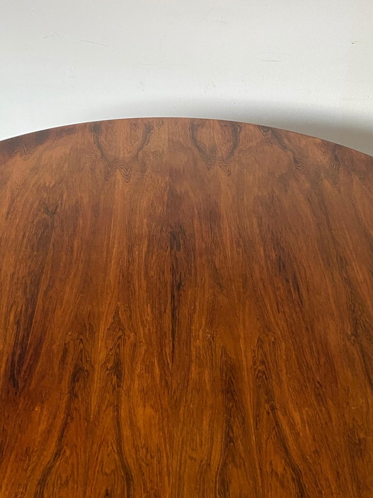 Rare Herman Miller Eames Round Dining Table in Rosewood For Sale 1