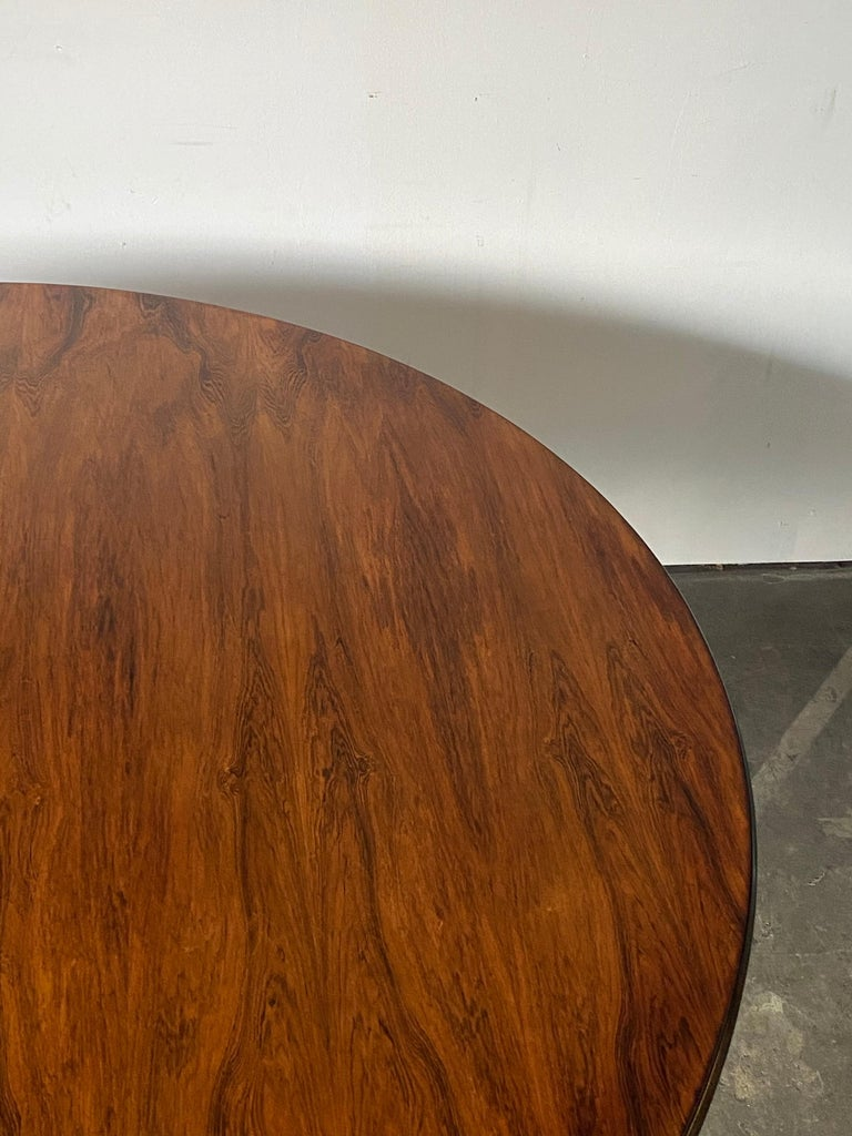 Rare Herman Miller Eames Round Dining Table in Rosewood For Sale 2