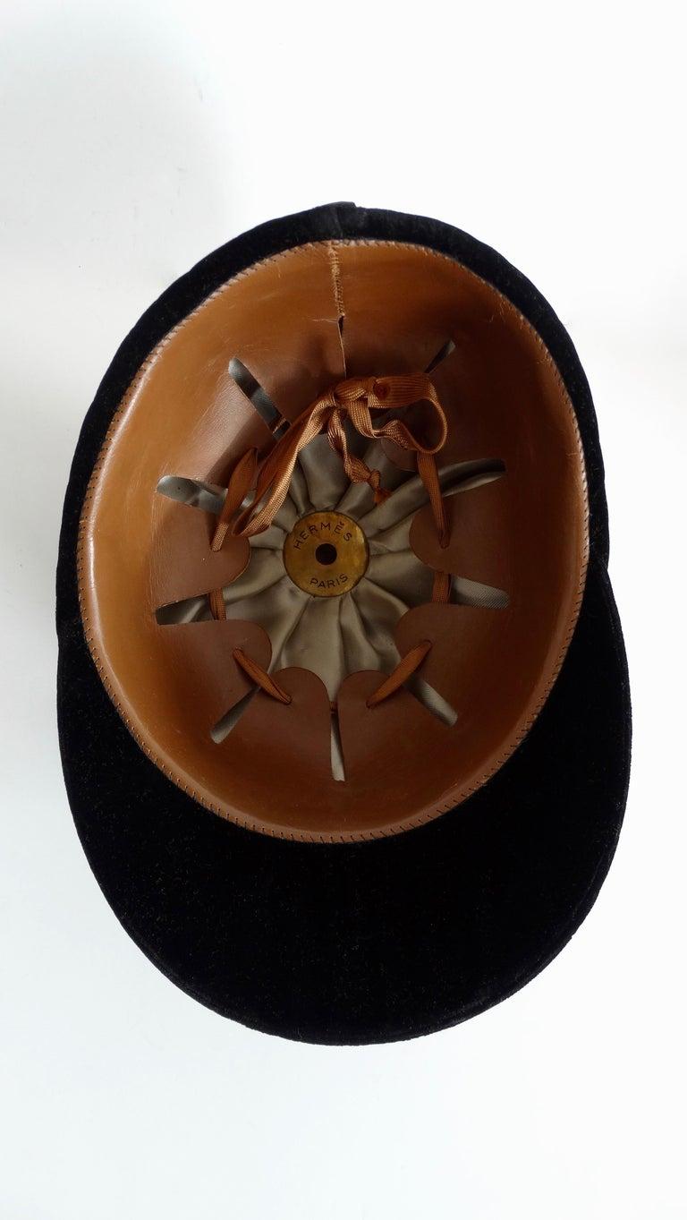 Rare Hermés 1950s Velvet Riding Helmet & Spurs  For Sale 3