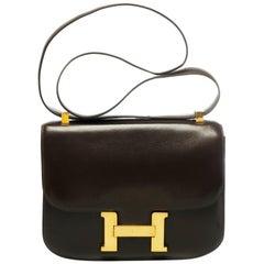 Rare Hermes Constance 23 shoulder bag in brown calfskin with gold hardware !