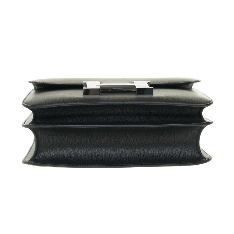 RARE Hermes Constance 24 shoulder bag in black Madame calf and Clasp in Lizard For Sale 6