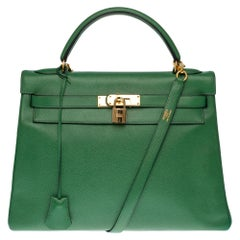 RARE Hermès Kelly 32 handbag with strap in green courchevel and gold hardware