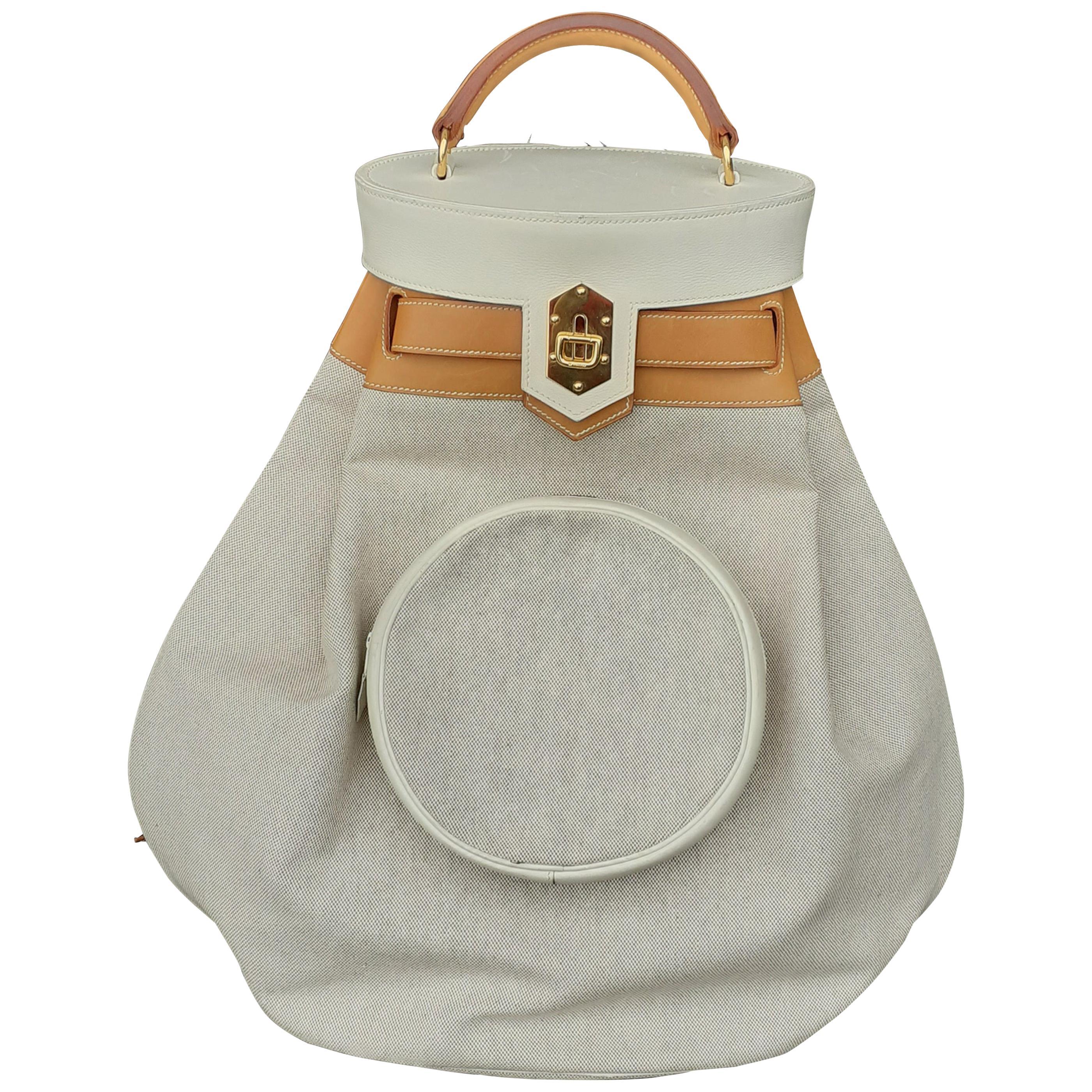 Rare Hermès Vintage Sumac Travel Riding or Picnic Bag Canvas Leather 50 cm