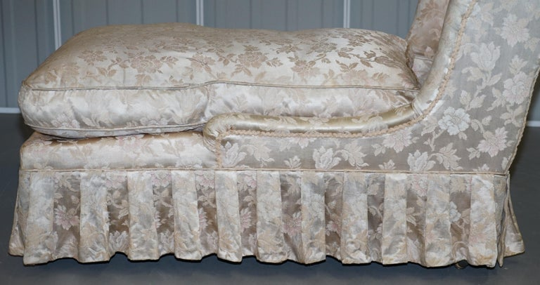 Rare Howard & Son's Berners Street Fully Stamped Daybed Chaise Lounge Armchair For Sale 5