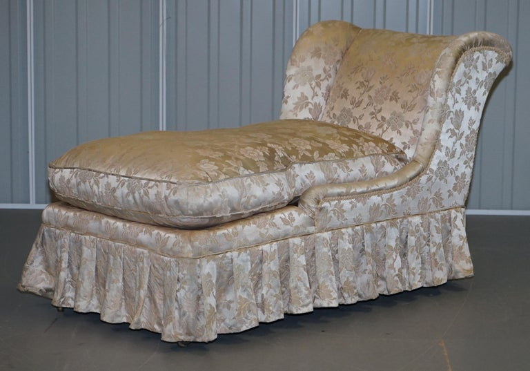 Victorian Rare Howard & Son's Berners Street Fully Stamped Daybed Chaise Lounge Armchair For Sale