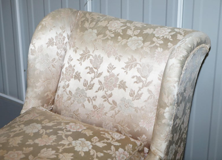 Hand-Crafted Rare Howard & Son's Berners Street Fully Stamped Daybed Chaise Lounge Armchair For Sale