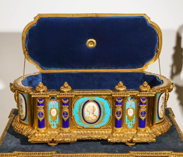 Rare Important French Ormolu Sevres Style Porcelain Jewelry Box on Bronze Table For Sale 9