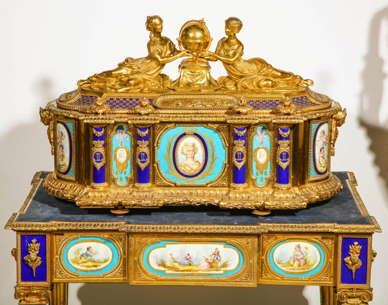 Rare Important French Ormolu Sevres Style Porcelain Jewelry Box on Bronze Table For Sale 4