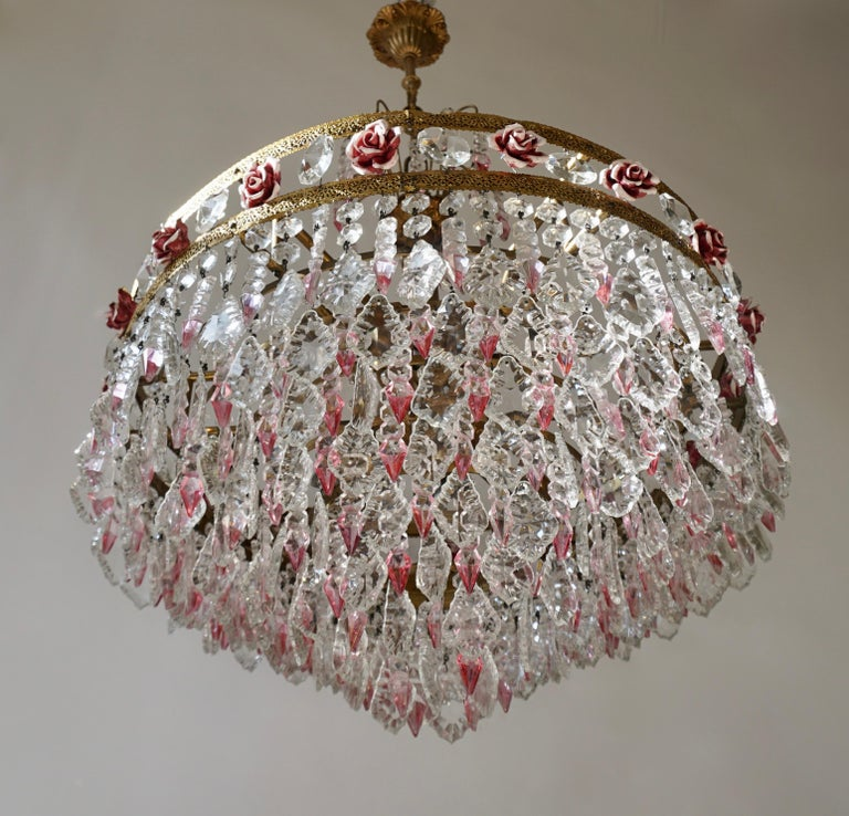 Rare Italian Chandelier with Pink Crystals and Pink Roses In Good Condition For Sale In Antwerp, BE