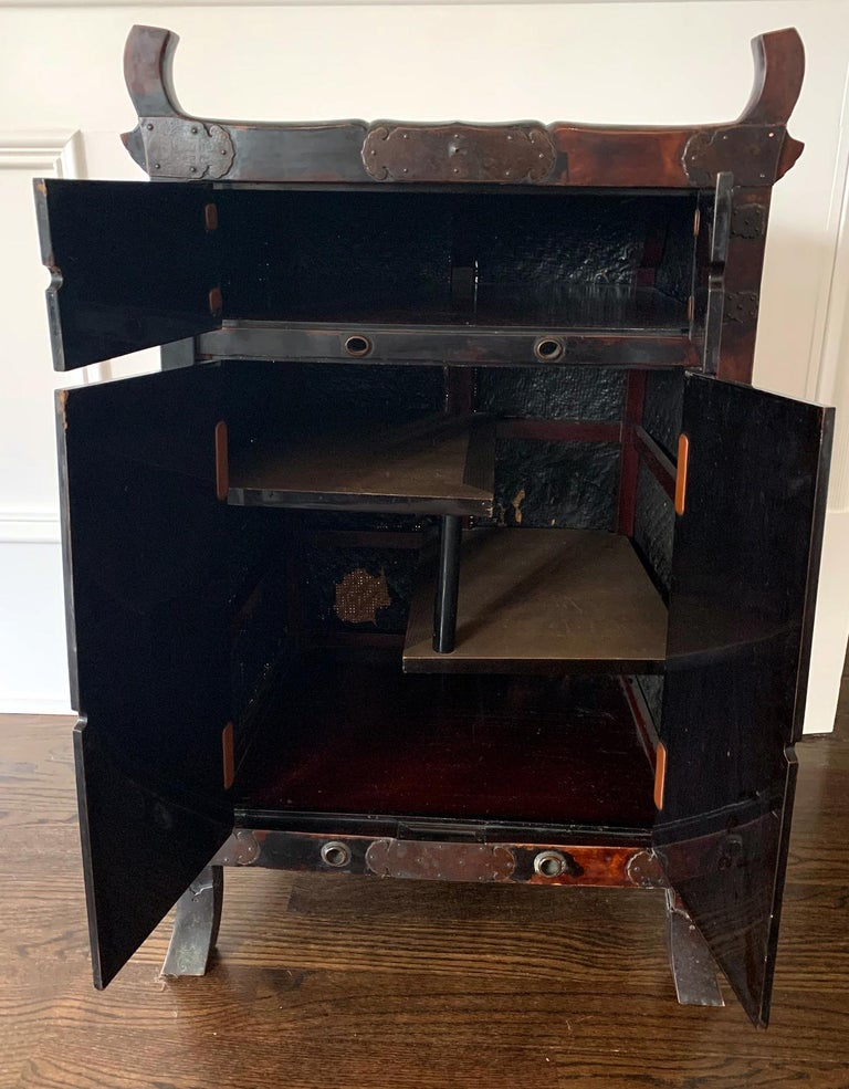 Rare Japanese Traveling Cabinet Oi Edo Period For Sale 9