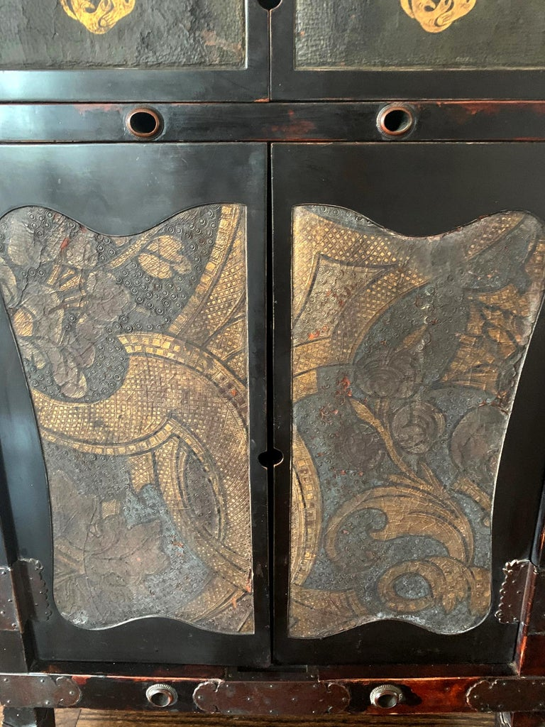 Rare Japanese Traveling Cabinet Oi Edo Period For Sale 3