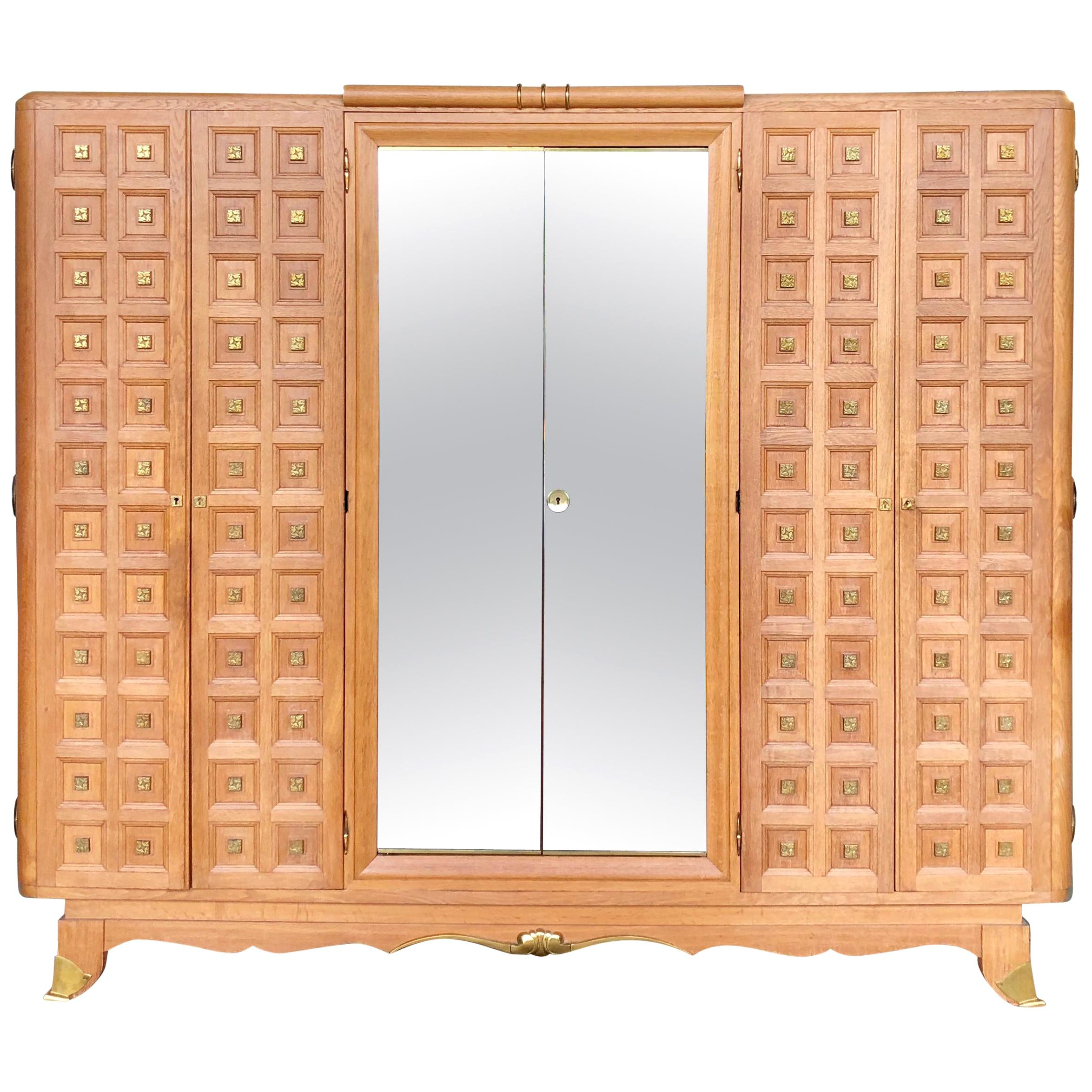Rare Large Mirrored French Art Deco Wardrobe in Solid Oak and Brass, 1940s