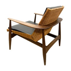 Rare Lawrence Peabody 1806 Chair in Walnut