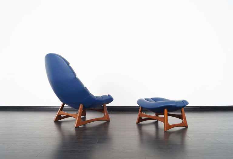 American Rare Leather Lounge Chair and Ottoman by Adrian Pearsall For Sale