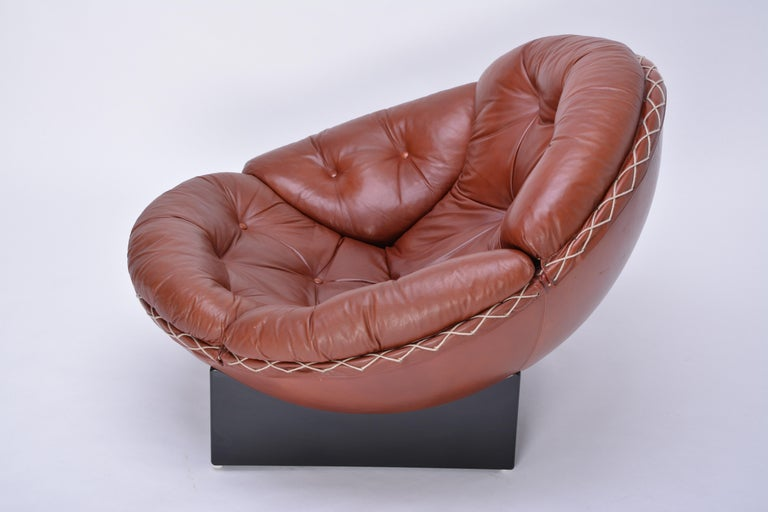 Danish Rare Leather Lounge Chair by Illum Wikkelsø, 1970 For Sale