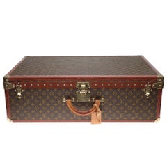 Rare Louis Vuitton 80 Suitcase in brown monogram canvas