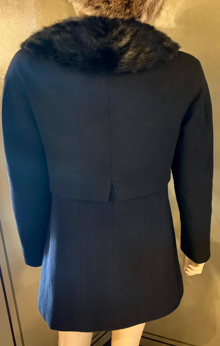 Women's Louis Vuitton Paris Mink Collar Ladies Black Wool Coat Size 38 US Size 6 For Sale