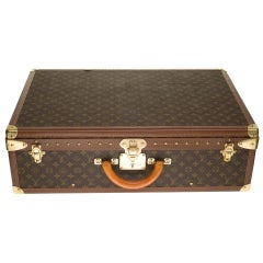 Rare Louis Vuitton Trunk Alzer 70cm Suitcase in brown monogram canvas