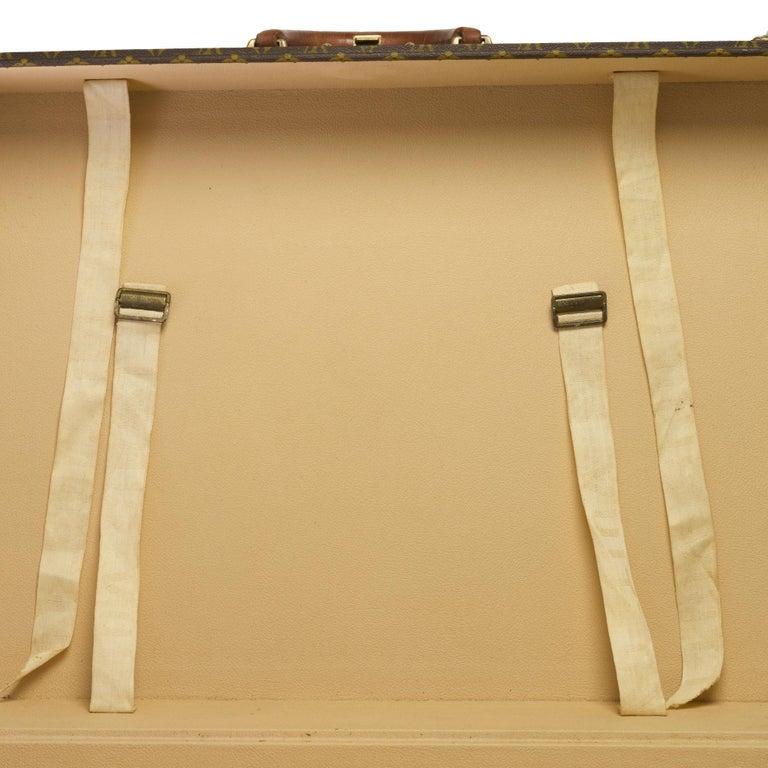 Rare Louis Vuitton Trunk Alzer 80cm Suitcase in brown monogram canvas For Sale 5
