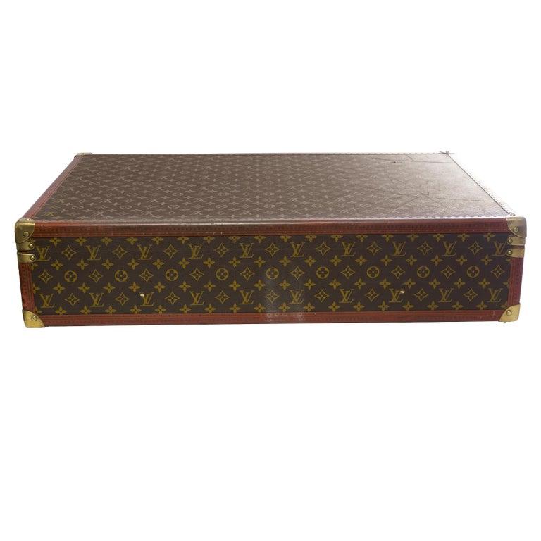 Rare Louis Vuitton Trunk Alzer 80cm Suitcase in brown monogram canvas In Good Condition For Sale In Paris, Paris