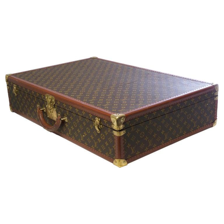 Women's or Men's Rare Louis Vuitton Trunk Alzer 80cm Suitcase in brown monogram canvas For Sale