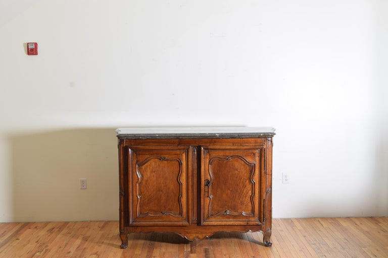 Rare Louis XIV/XV Period Carved Walnut Buffet, Marrone Fossilized Marble Top For Sale 2